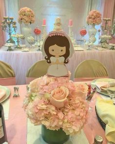 Missed these cute Centerpieces toppers Communion Centerpieces, First Communion Decorations, First Communion Cakes, Baptism Decorations, First Communion Invitations, Communion Favors, First Communion Dresses, First Holy Communion, Party Centerpieces