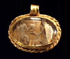 ROMAN  ROCK CRYSTAL AND GOLD PENDANT          II c. A.D.