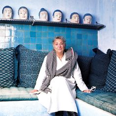 A trained architect, Paola Navone worked with Ettore Sottsass in the She has since designed for many leading companies including Armani Casa, Alessi, Knoll and Poliform Casa Milano, Paola Navone, Famous Interior Designers, Deco Design, Mediterranean Style, Architectural Digest, Best Interior, Amazing Women, Style Icons