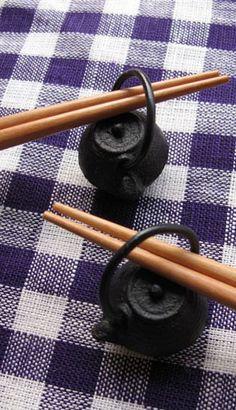 南部鉄箸置鉄瓶