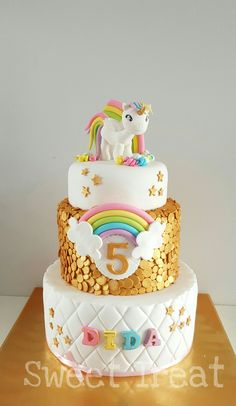 Unicorn cake https://www.facebook.com/Sweet-Treat-481437925306310/