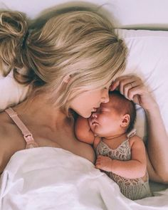 Love this adorable mama + newborn baby photo