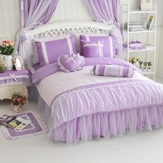 image Dream Bedroom, Girls Bedroom, Bedrooms, Pink Bedding, Pink Houses, Duvet Sets, Textiles, Bed Covers, Home Textile