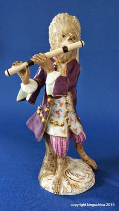 Meissen Monkey Band Flautist Material: Porcelain figuren. No.11 Date: Mid to late 19th Century. Dimensions: Approx ( 14cm 5.5 Inches).