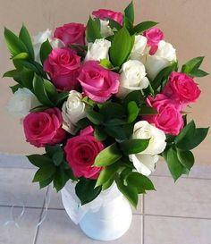 Send Flowers for Girlfriend Online Valentine Flower Arrangements, Rose Arrangements, Beautiful Flower Arrangements, Beautiful Rose Flowers, Amazing Flowers, Beautiful Flowers, Beautiful Pictures, Flowers For Girlfriend, Good Morning Flowers