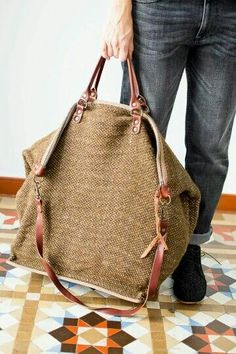 canvas bag with leather straps Jute Bags, Basket Bag, Linen Bag, Big Bags, Beautiful Bags, Handmade Bags, Backpack Bags, Fashion Bags, Leather Shoulder Bag
