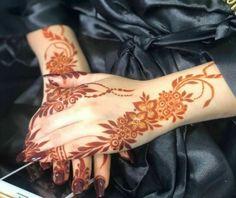 Henna Tattoo Hand, Henna Mehndi, Henna Art, Hand Tattoos, Mehendi, Latest Henna Designs, Best Mehndi Designs, Mehndi Designs For Hands, Mahendi Design