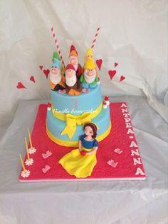 Snowwhite Snow White Cake, Vanilla Bean Cakes, Party Cakes, Birthday Cake, Desserts, Food, Design, Shower Cakes, Tailgate Desserts