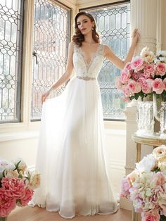 Cheap gown dress, Buy Quality gown embroidery directly from China gown bag Suppliers: Sexy Beach Wedding Dresses V-Neck A-Line Chiffon And Lace Beaded Veatido De Novia BackLess Court Tarin Bridal Gown ZX1418