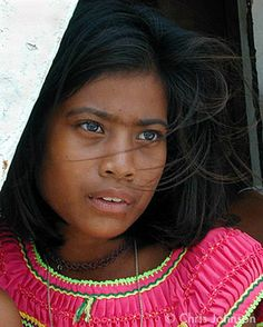 Kiribati girl - features I can see are part Indian, Asian, Polynesian....