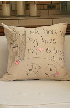 My Huis Cushion 60x60cm Scatter Cushions, Throw Pillows, New Bus, Cushion Ideas, Sheep, Needlework, Bedrooms, Arts And Crafts, Doodles