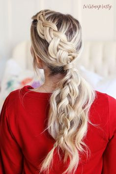 Braided Ponytail, the perfect Christmas Hairstyle! // Twist Me Pretty