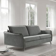 """El #sofá es un mueble clave para el #descanso y el relax tras un largo día de trabajo. Debe ser cómodo y estar fabricado con materiales de calidad para garantizar una """"larga vida"""". Si además queremos darle una doble funcionalidad, adquirir un sofá-cama es una opción muy práctica para casa pequeñas o con muchas visitas ;). En nuestro blog te contamos todas las ventajas de tener un sofá-cama."""