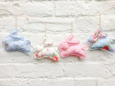 Easter decorationsEaster bunnies Easter garland by FabrikaUK