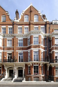 We loved working on this home in Central London. Brickwork, Looking Up, Bespoke, Multi Story Building, Construction, London, Mansions, Architecture, House Styles