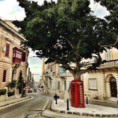 Sliema, Malta. Our house is near here. We pass on our way to exiles....:)))))) wonderful memories.