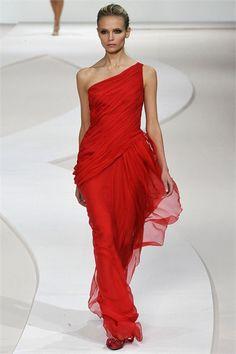 Sfilata Valentino Parigi - Collezioni Primavera Estate 2009 - Vogue