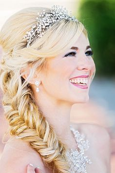Gorgeous Frozen inspired hairstyle  photo by Contemporary Captures