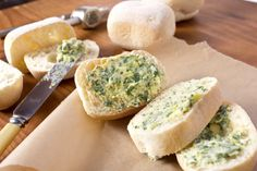 A tasty accompaniment to salads, soups, pizza or pasta. You could add garlic to make garlic ciabatta rolls.