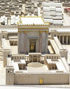 Fifty years ago, leading Israeli scholar Michael Avi-Yonah constructed a now-iconic model of Herod's Temple in Jerusalem. How accurate is it? Architecture Concept Drawings, Ancient Architecture, Ancient Buildings, Heiliges Land, Temple In Jerusalem, Bible Study Materials, Solomons Temple, Messianic Judaism, Temple India
