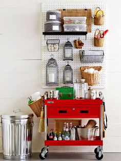 Organizing all of your outdoor entertaining gear can be a challenge. Try these smart ideas for storing outdoor equipment in your garage or shed, and let the good times roll.
