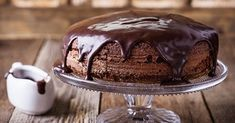 Treat yourself and indulge in this Deluxe Chocolate Cake to celebrate International Chocolate Day. Deluxe Chocolate Cake recipe here. Slow Cooker Chocolate Cake, Slow Cooker Cake, Chocolate Desserts, Chocolate Ganache, Chocolate Cheesecake, White Chocolate, International Chocolate Day, Gourmet Cakes, Ganache Recipe