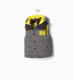 ZARA - KINDEREN - Sportief vest met capuchon 84