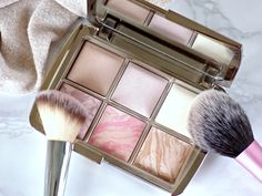Hourglass Ambient Lighting Powders - are they worth the hype?