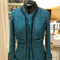 Susan Khalje Susan Khalje Couture Classic French Jacket pattern review by Jstarr4250 Boucle Jacket, Tweed Jacket, Chanel Jacket Trims, Chanel Fashion, Chanel Style, Teal Skirt, Chanel Logo, Blouse And Skirt, Jacket Pattern