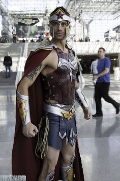 Tagged with cosplay, cool, awesome, amazing, opposites attract; Please Enjoy Some Opposite Gender Cosplays for Your Confusing Pleasure. Dc Cosplay, Male Cosplay, Cosplay Outfits, Best Cosplay, Cosplay Costumes, Awesome Cosplay, Cosplay Ideas, Wonder Man Costume, Wonder Woman Cosplay