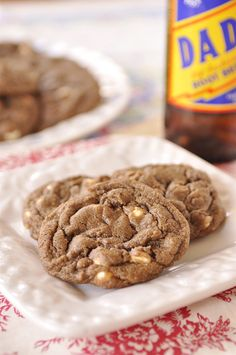 root beer float cookies - good but needs more extract.  the flavor comes through in the dough but not as much of that tang in the cookie.  perhaps double or even triple the root beer extract