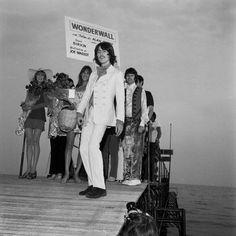 (406) Pinterest George Harrison Pattie Boyd, Seventies Fashion, The Joe, Wonderwall, Cannes Film Festival, The Beatles, Peace And Love, Oasis, Girlfriends