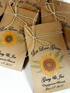 30 Flower Seed Favors - Wedding Favor - spread the love - love grows - Wedding flower seeds - Watch our love grow - Love Grows