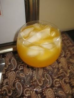 Cool yourself off with a chilly Apricot Wine Spritzer . . .yummy!