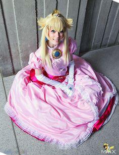 Princess Peach ピーチ姫 from Super Mario Bros. スーパーマリオブラザーズ