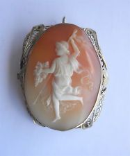 Victorian Shell Carved Cameo in 14K Gold Frame~~Dionysus w/Grapes & Staff