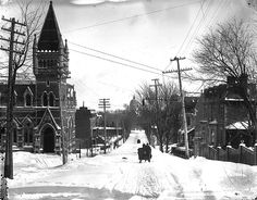 Looking down McTavish Street, Montreal, QC, about 1890 by Musée McCord Museum, Minnett Barqueiro--note what is currently Redpath Hall on the left! SSMU Building would be to the right now. Old Montreal, Montreal Canada, Quebec City, Parcs, Historical Photos, Rue, Places To Go, Images, Museum