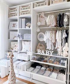 Baby Girl Room Decor, Baby Room Themes, Baby Room Design, Baby Boy Rooms, Baby Bedroom, Baby Boy Nurseries, Nursery Room, Baby Room Closet, Baby Room Neutral