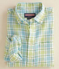 Men's Button Down Shirts: Classic Fit Murray Shirt -Betsy Bay Plaid – Vineyard Vines Designer Casual Shirts, Casual Shirts For Men, Check Shirt Man, Preppy Men, Looking Dapper, Sharp Dressed Man, Preppy Outfits, Summer Shirts, Sports Shirts