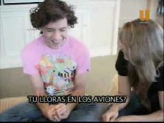 Mexico interview---very good! I was laughing a lot :) Skip to 1:00 for when he comes