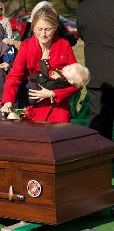 """USMC Sgt Christopher Jacobs last words to his wife were, """"Sweet Dreams and I Love You Guys"""""""