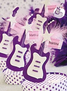 Cuerdas musicales - Souvenir Birthday Party Design, Birthday Party Themes, Birthday Celebrations, Snail Mail Gifts, Rockstar Birthday, Ideas Para Fiestas, Son Luna, Cold Porcelain, Gift Baskets