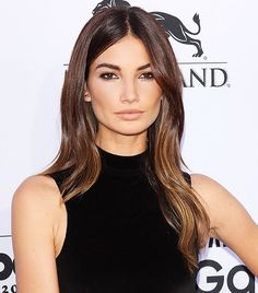 Lily Aldridge's simple tousled waves and the perfect nude lip