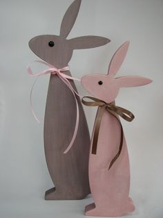 Easter bunnies - pair of brown / pink rabbits, set of 2 - a unique product by HildesSh . Easter bunnies – pair of brown / pink rabbits, set of 2 – a unique product by HildesShop on DaWanda Easter Art, Easter Crafts, Easter Bunny, Bunny Crafts, Dyi Crafts, Wooden Crafts, Spring Crafts, Holiday Crafts, Bunny Painting