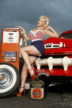 Gulf Oil and 50's Ford Pick-Up's, a winning combination, and throw in a good looking lady for good measure.