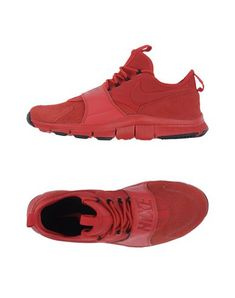 Nike Sneakers In レッド Nike Low Tops, Air Max Sneakers, Sneakers Nike, Soft Leather, Nike Men, Nike Air Max, Nike Shoes, Slip On, Mens Fashion