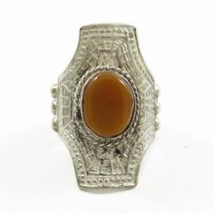 This is a beautiful Silvertone metal ring which is studded with stone. It is a high quality fashionable ring.this is img Fashion Rings, Fashion Jewelry, Metal Ring, India Fashion, Gifts For Women, Jewelry Gifts, Gemstone Rings, Brown, Beautiful