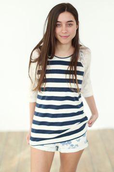 blau-weiß gestreiftes Langarmshirt mit Spitze // long-sleeve shirt with blue and white stripes and lace via DaWanda.com