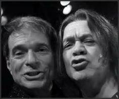 Dave and Ed selfie! Van Halen 1, Eddy Van Halen, Alex Van Halen, Best Rock Bands, Cool Bands, Wolfgang Van Halen, Gary Cherone, David Lee Roth, Livres