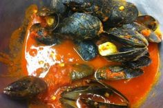 This is a great recipe for Mussels Marinara that is fairly easy to make and delicious over spaghetti or angelhair pasta. The mussels are cooked in a garlic and tomato and wine sauce and seasoned with...